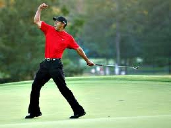 Tiger Woods leads at doral