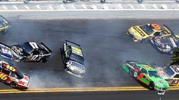 Daytona 500 Wreaks