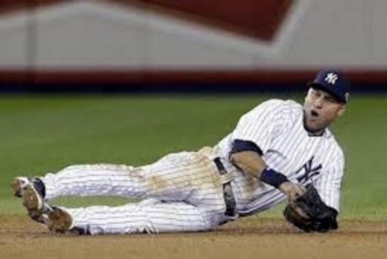 Derek Jeter injured again