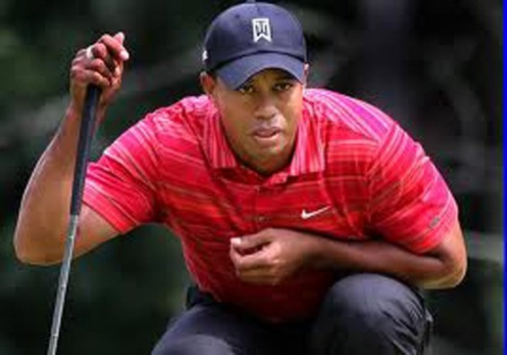 Tiger Woods looks pathetic