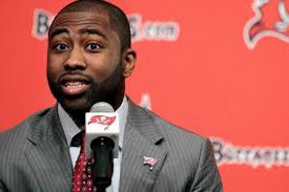 Darrelle Revis needs to step up and lead