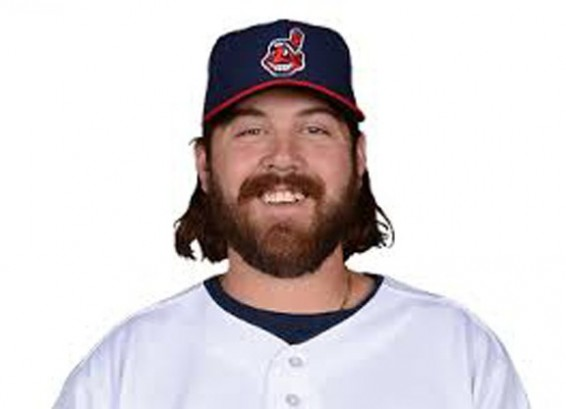 Chris Perez signs with Dodgers