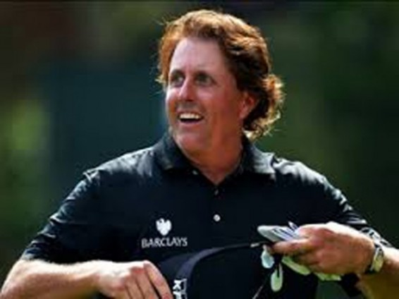 Phil Mickelson bogey free at the shell houston open