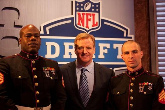 .......Goodell.Draft.R.Clinton.4.26.12.L.Boyd.M.Green.12m.NYC