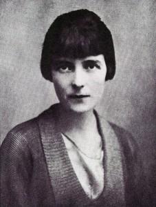 .......Mansfield.Katherine.ArchivesNewZealand.thickskinnedtoady(TSEliot).wc.5.8m.1915+