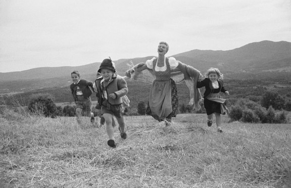 .......SoundofMusic.M.Martin.1959.wc.5.8m.T.Frissell